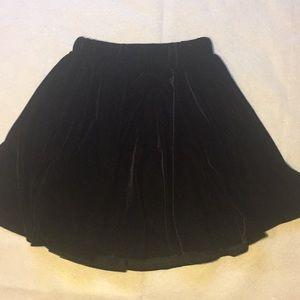 Black Velvet size Small Romwe Skirt